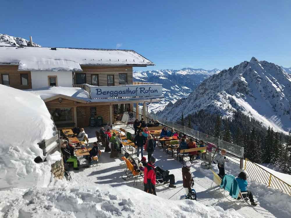 Super Winter Hütte mit Sonnenterrasse: Der Berggasthof Rofan