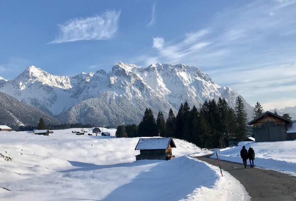 Für mich magisch: Die verschneite Landschaft mit dem Karwendelgebirge in der Alpenwelt Karwendel
