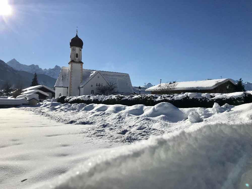 Winterwandern in Wallgau - romantischer kannst du keine Winterwanderung im Karwendel machen