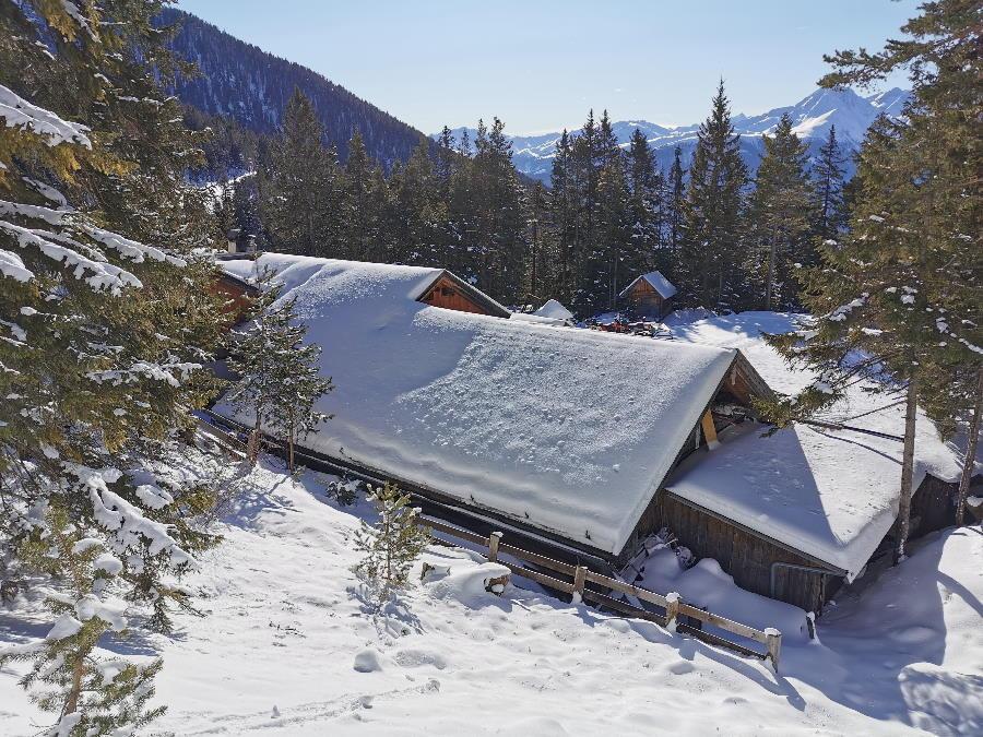 Hütten Winter - Hier findest du unsere Hüttenöffnungszeiten im Winter für schöne Wintertouren im Schnee