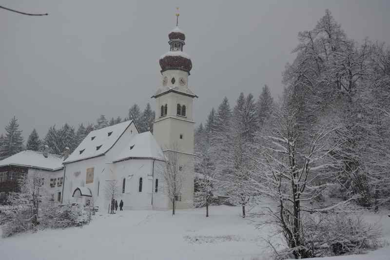 Winterwandern Hall in Tirol, in Gnadenwald im Karwendel