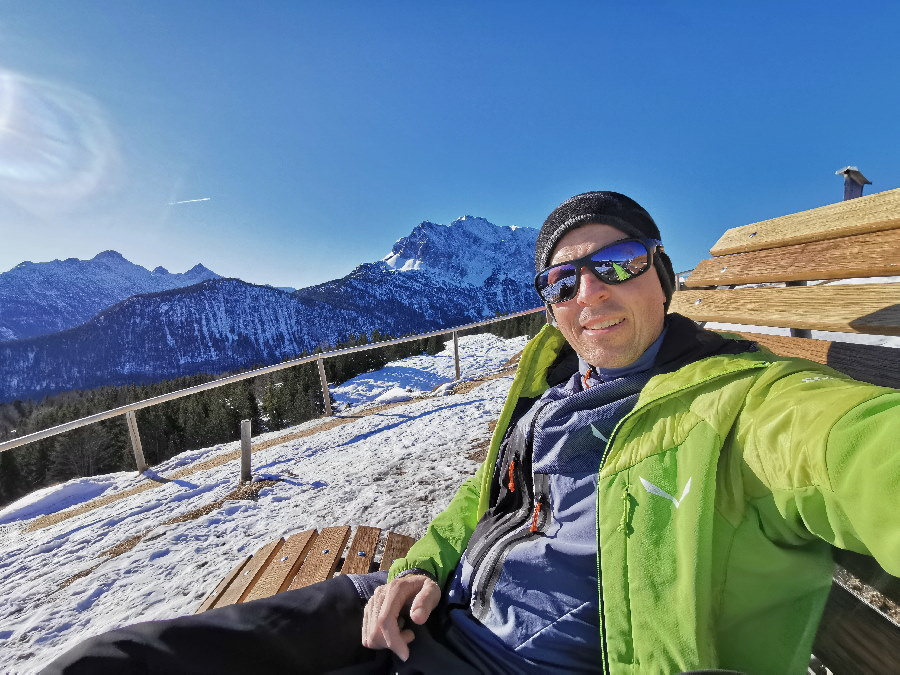 Mittenwald winterwandern: So ist es oben am Kranzberg bei schönem Wetter