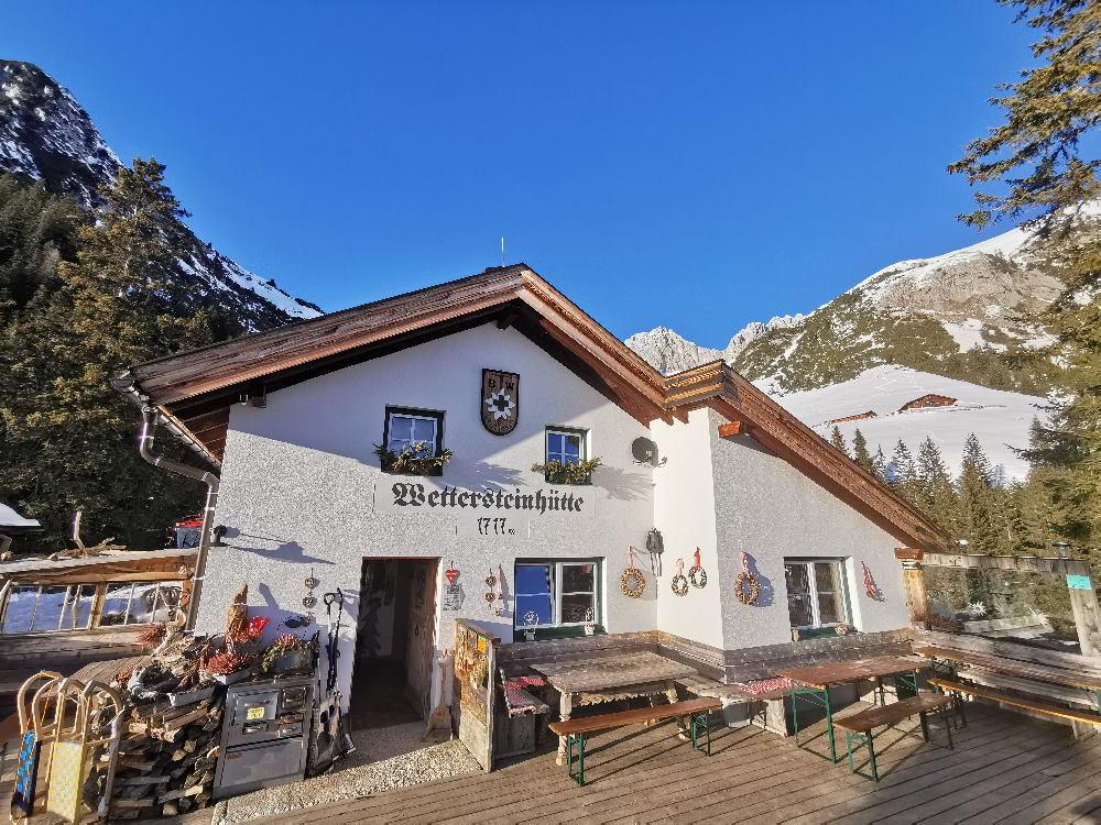 Winterwandern Innsbruck Umland: Traumhaft finde ich die Wettersteinhütte