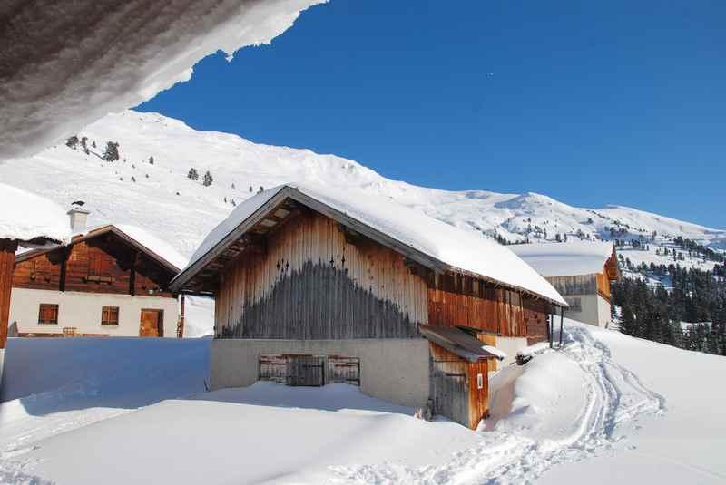 Eine schöne Winterwanderung zur Nonsalm, Tuxer Alpen bei Weerberg