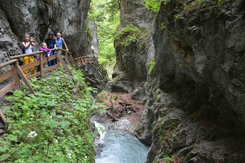 Von München in die Berge zur Wolfsklamm - schöne Wanderung im Karwendel.