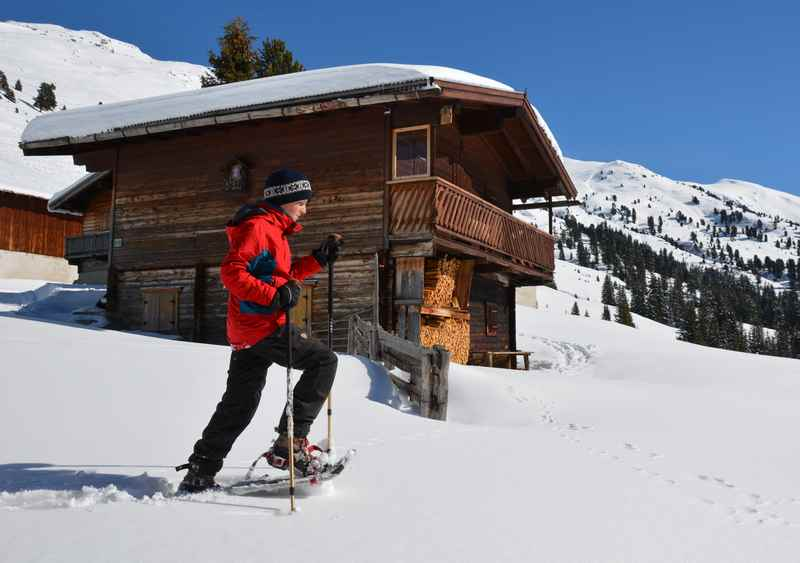Wie geht schneeschuhwandern? Wo kann man Schneeschuhwandern lernen?