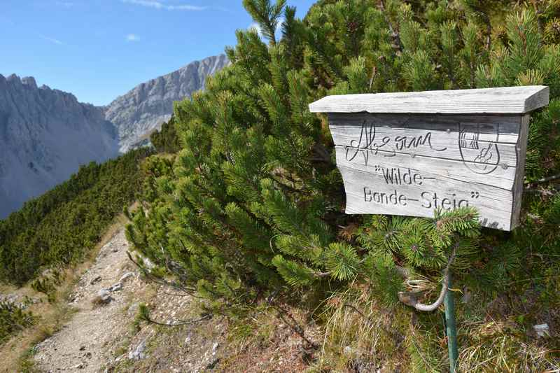 Der wilde Bande Steig führt aus dem Halltal zur Pfeishütte im Karwendel