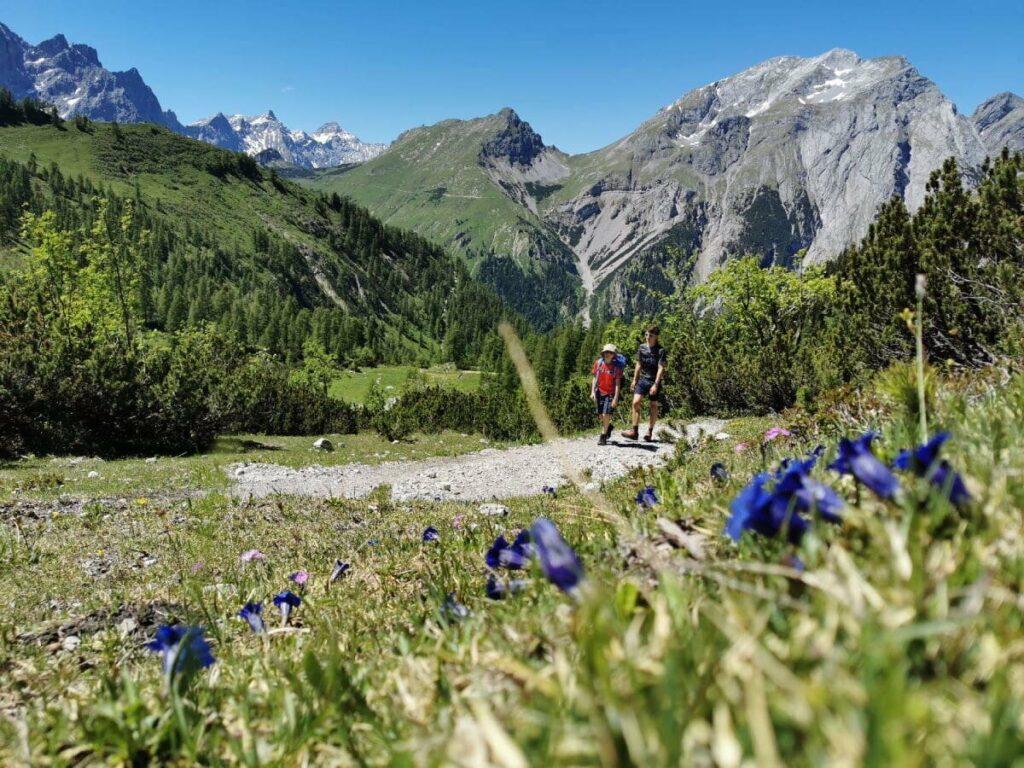 4 tägige Wanderung von Hütte zu Hütte - Hüttenwanderungen vom Karwendel in die Tuxer Alpen