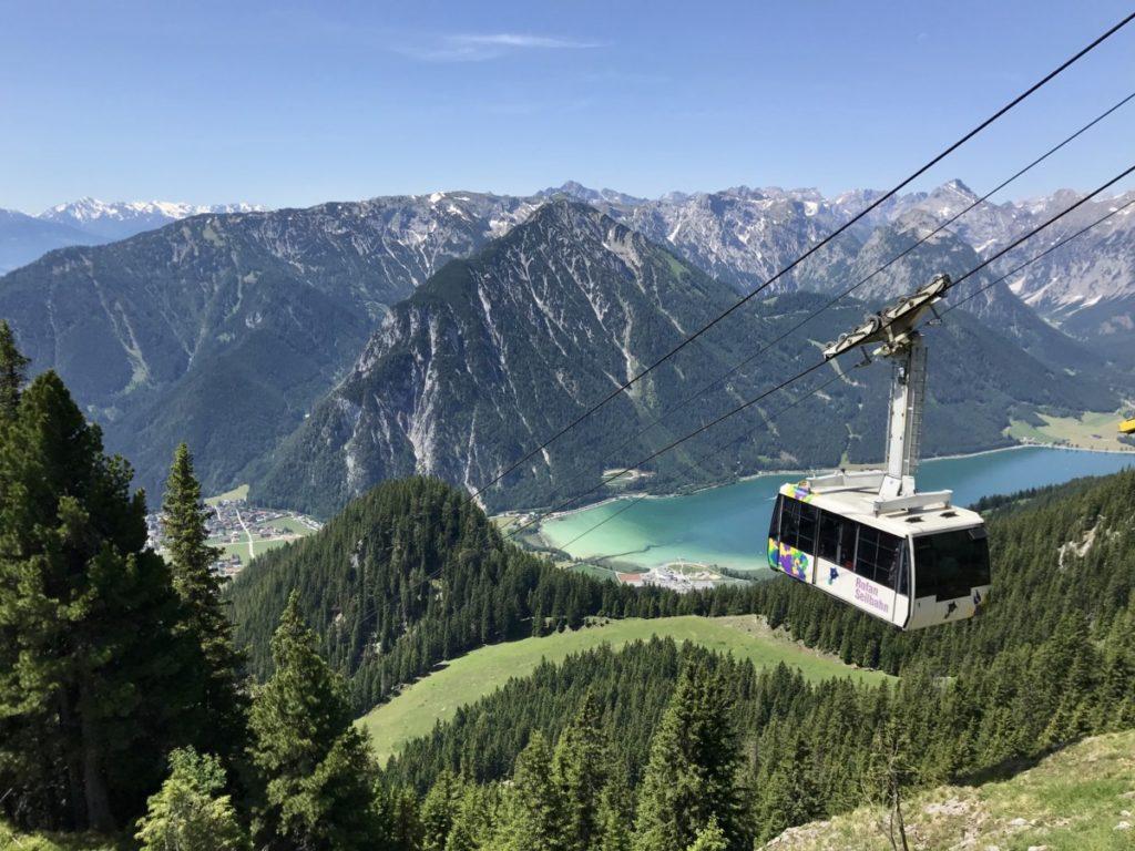 Bergbahnfahrt mit Seeblick - nach dem Haidachstellwand Klettersteig mit der Rofanseilbahn zurück ins Tal