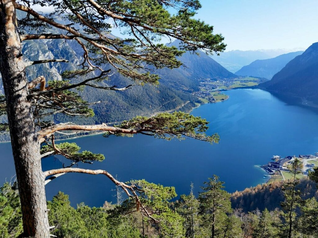 Größter See in Tirol und einer der beliebtesten Seen in Österreich - der Achensee