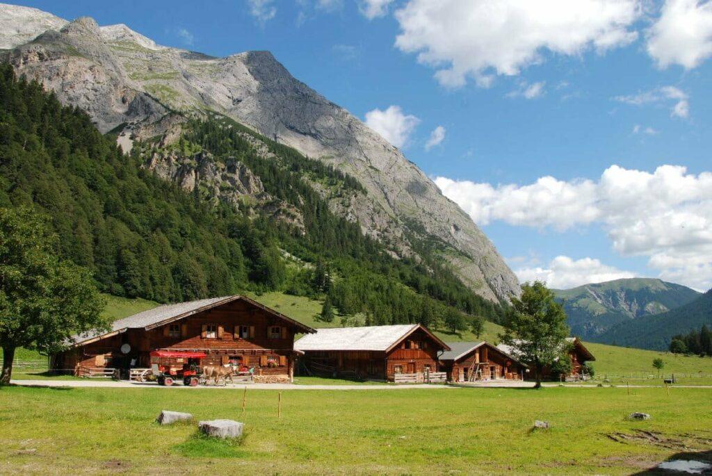 Mountainbike Mittenwald - vom Isartal zur bekannten Engalm am Großen Ahornboden mountainbiken
