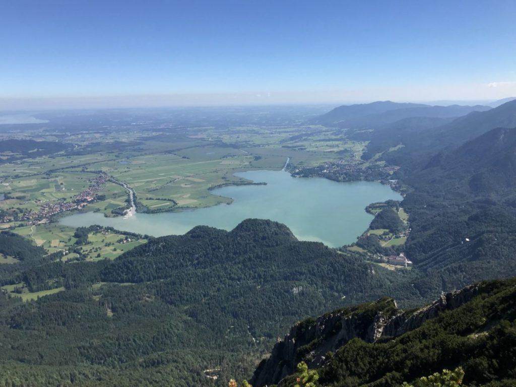 Traumplätze der Alpen - Aussicht vom Heimgarten auf den Kochelsee
