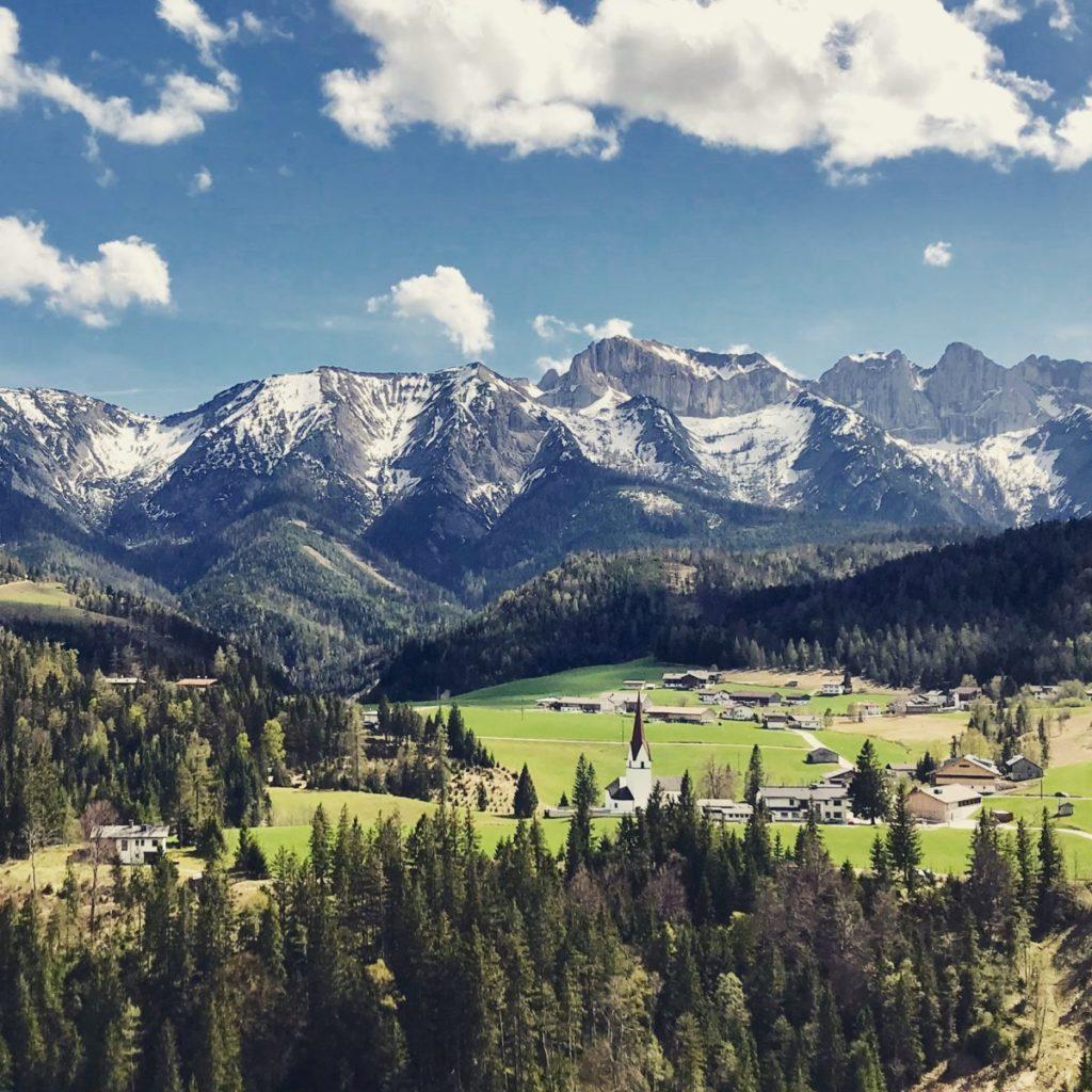 Mein Alpen Sommer - wenn im Frühling die Sonne den Schnee verschwinden lässt