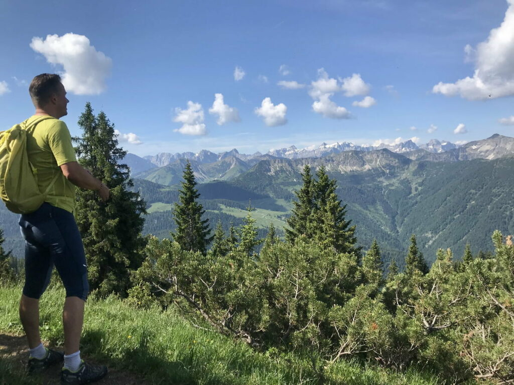 In Bad Tölz wandern und ins Karwendel schauen
