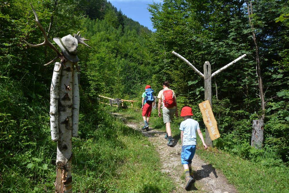 Auf dem Besinnungsweg Achensee am Bärenkopf wandern
