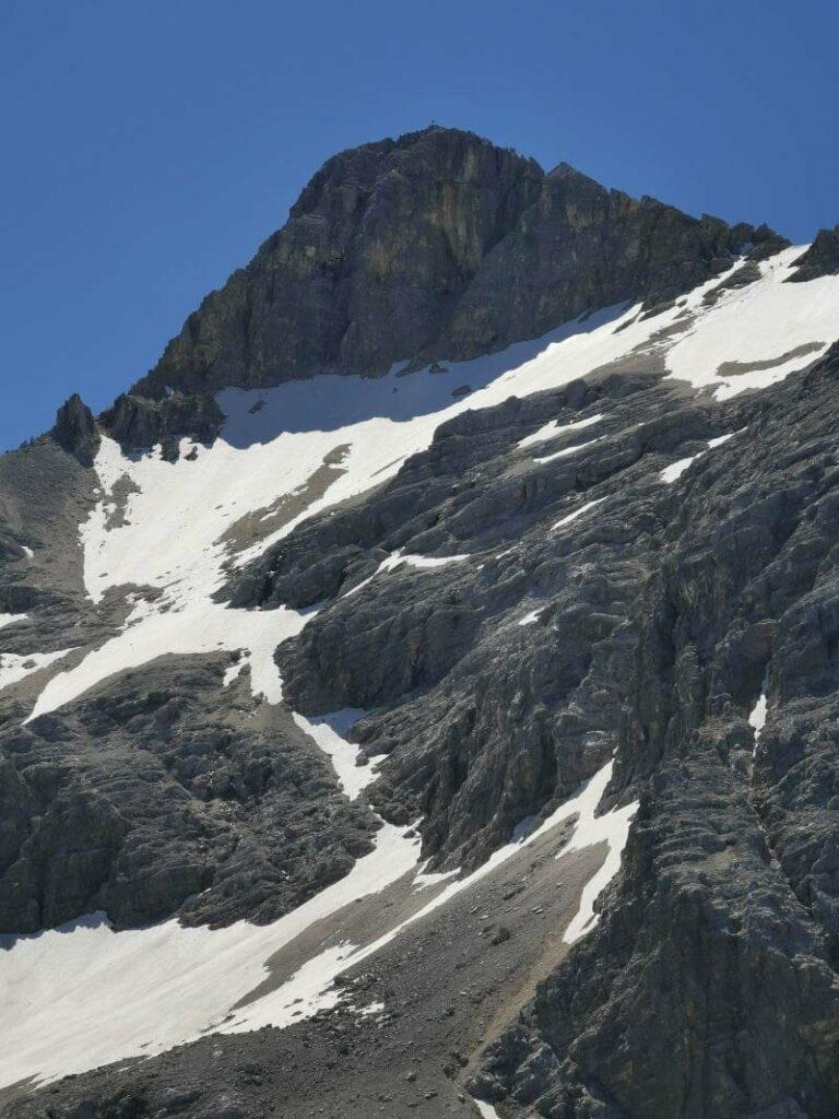Blick auf den Gipfel der Birkkarspitze mit dem Schlauchkar und dem Schlauchkarsattel