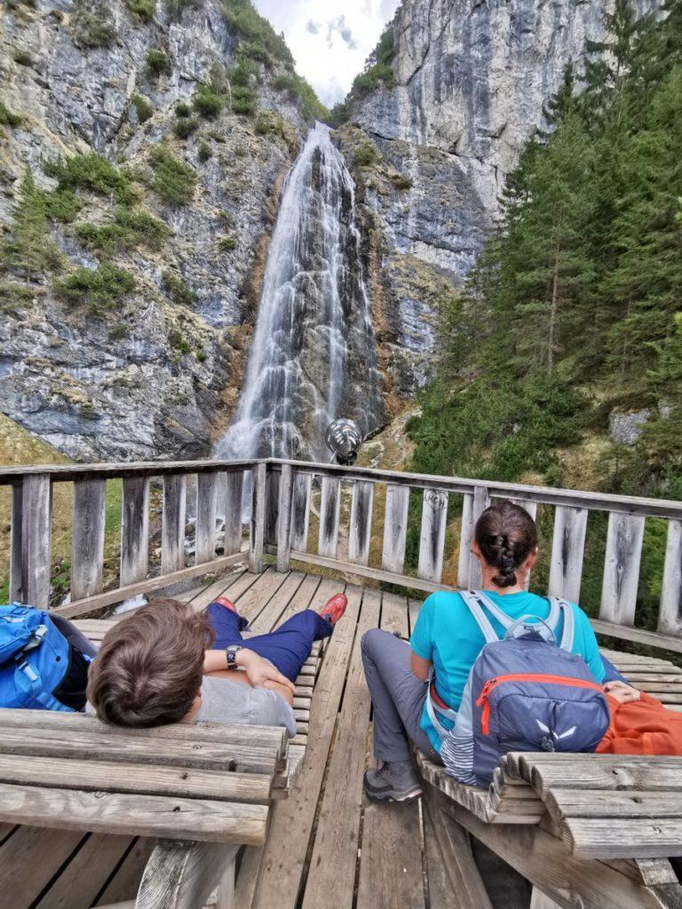 Entspannung am Dalfazer Wasserfall im Rofan