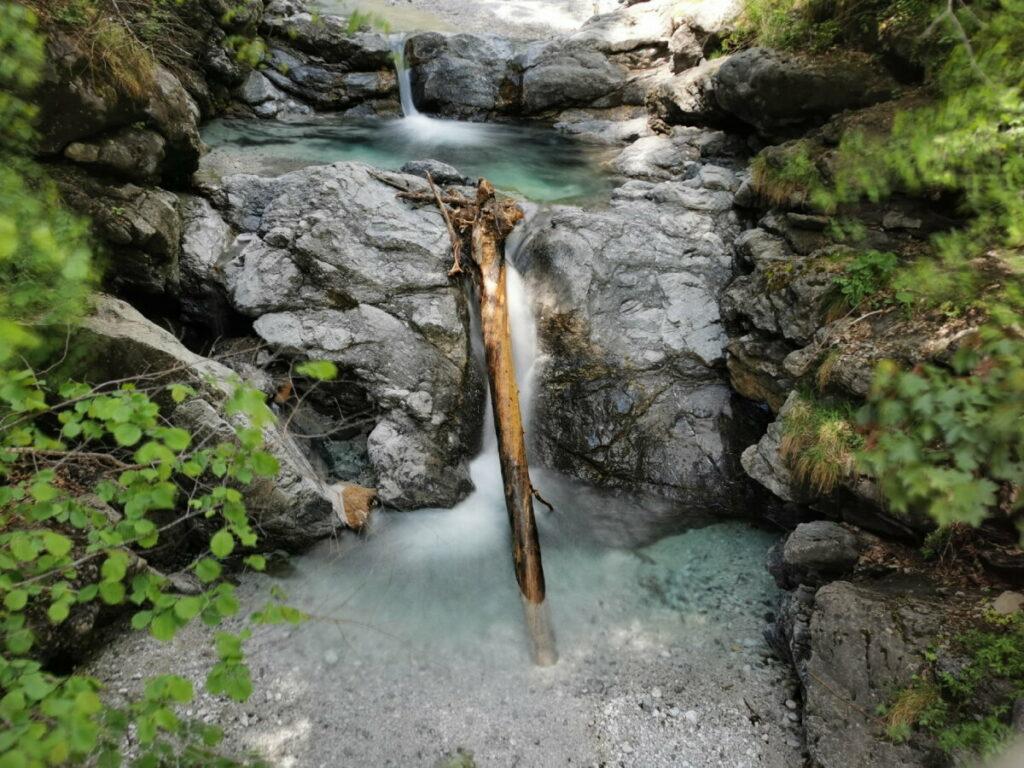 Frühlingsurlaub im Karwendel - entdecke diese schönen Wasserfälle!