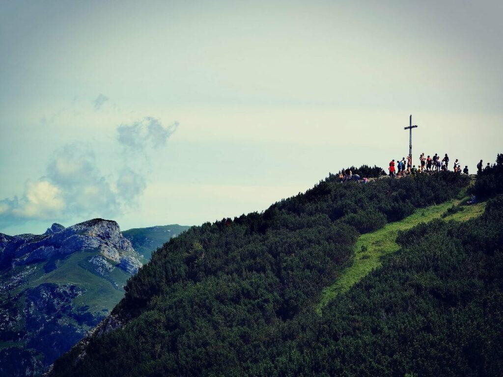 Am Bärenkopf Gipfel bist du nicht mehr alleine...