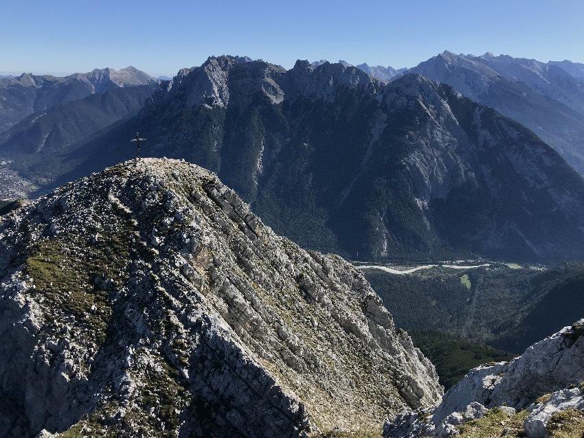 Grosse Arnspitze: Viel Aussicht zwischen Seefeld und Leutasch