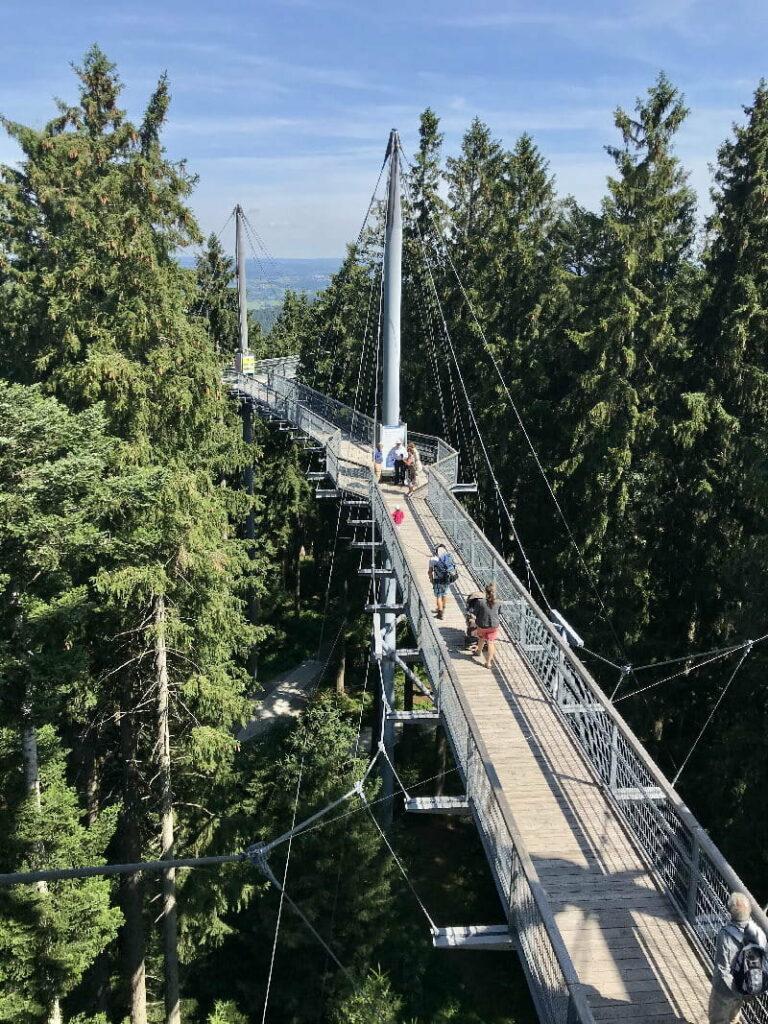atemberaubende Hängebrücke Bayern - der Skywalk Allgäu