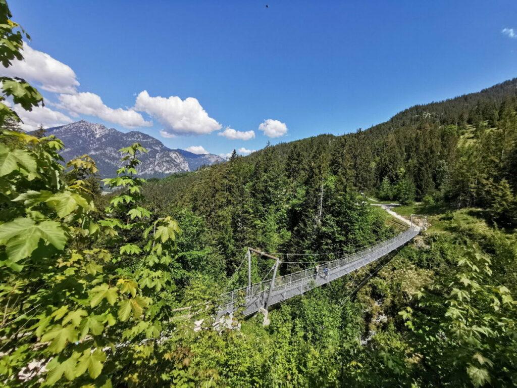 Hängebrücke Garmisch Partenkirchen bei der Tannenhütte