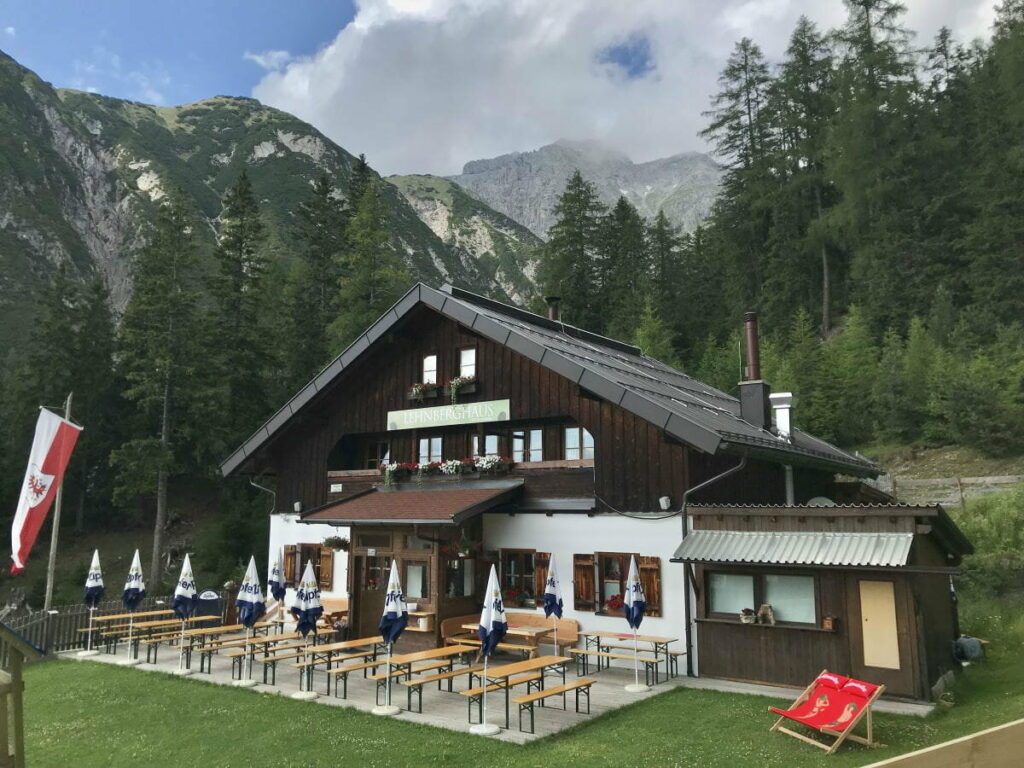 Partyhütte mieten: Perfekte Hütte zum Feiern und Übernachten mit der ganzen Familie