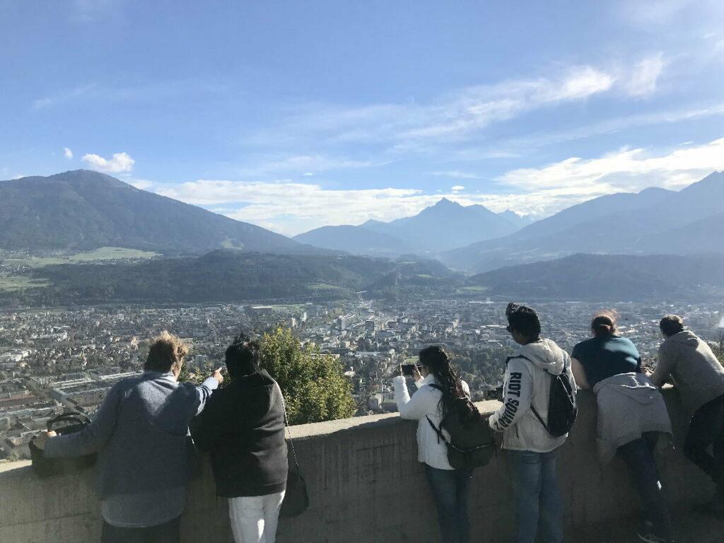 Innsbruck Sehenswürdigkeiten von oben - genieße den schönsten Ausblick auf die Stadt!