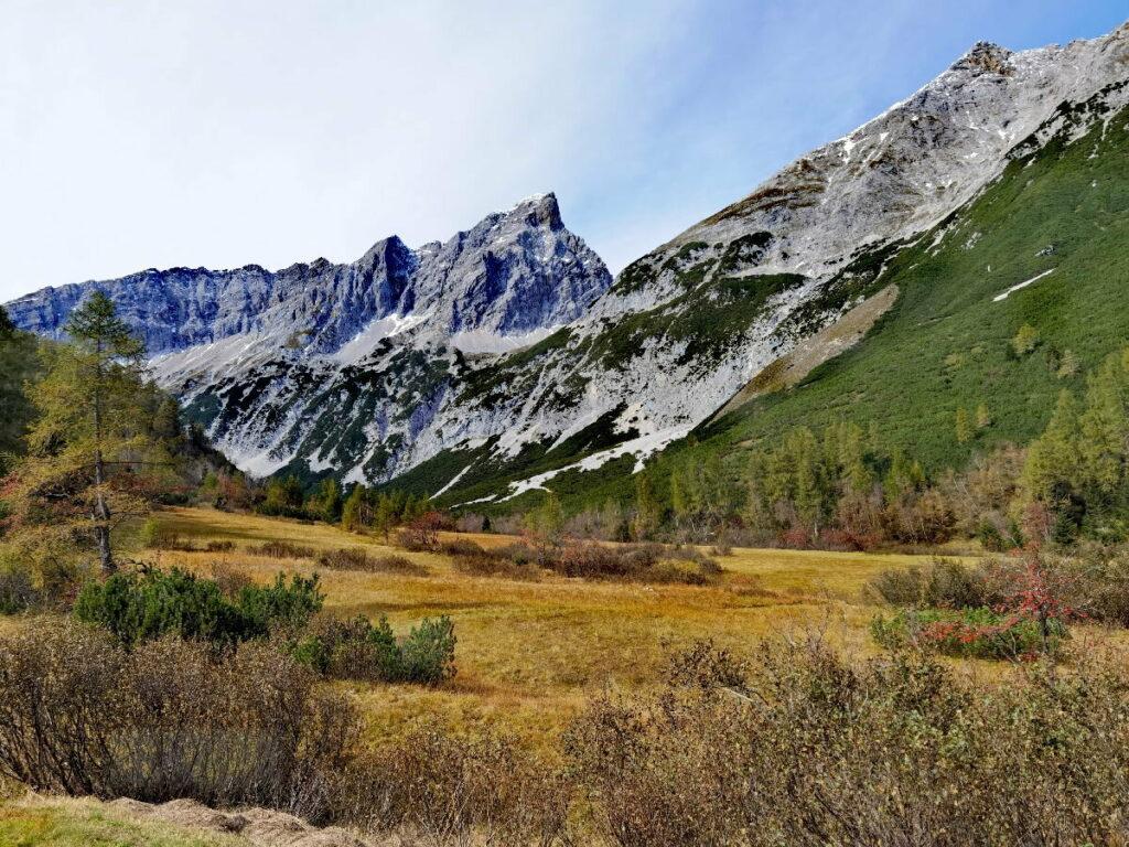 Vom Inntal zum Issanger im Halltal - traumhafter Herbst im Karwendel