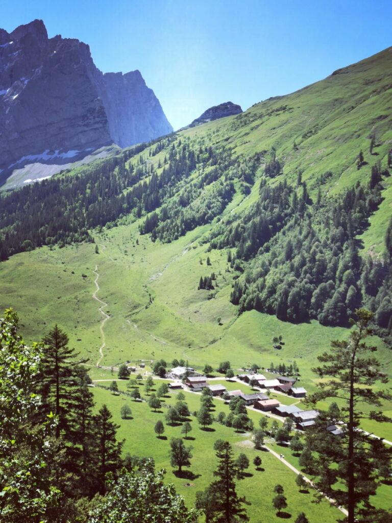 Im Karwendel Reiseführer zeige ich dir schönsten Ecken im Karwendelgebirge - alle selbst entdeckt und beschrieben!