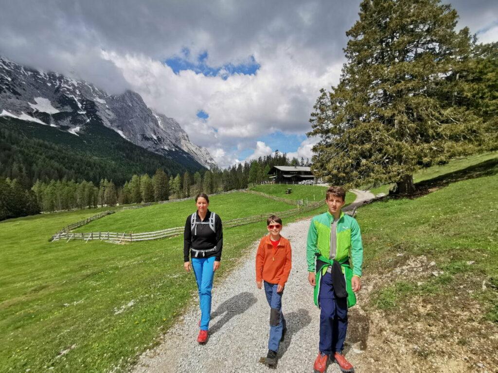 Karwendel wandern mit Kindern - hier bei der Gaistalalm in der Leutasch