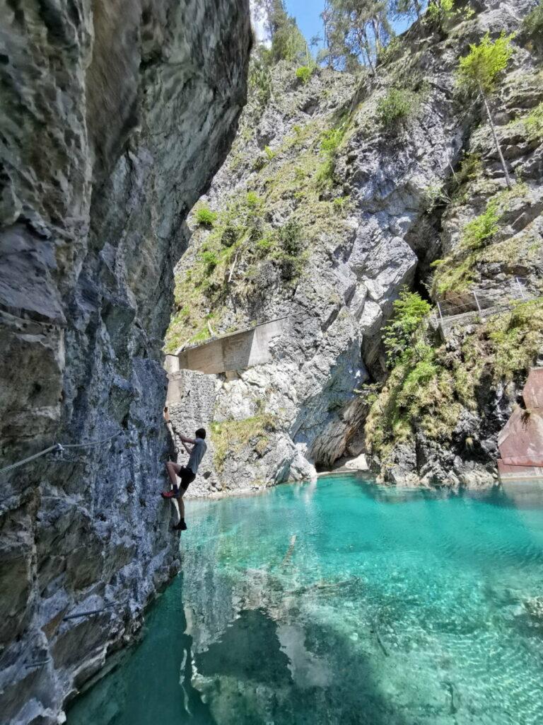 Klettersteig Vomper Loch - hinter dieser Kurve endet das türkisgrüne Paradies