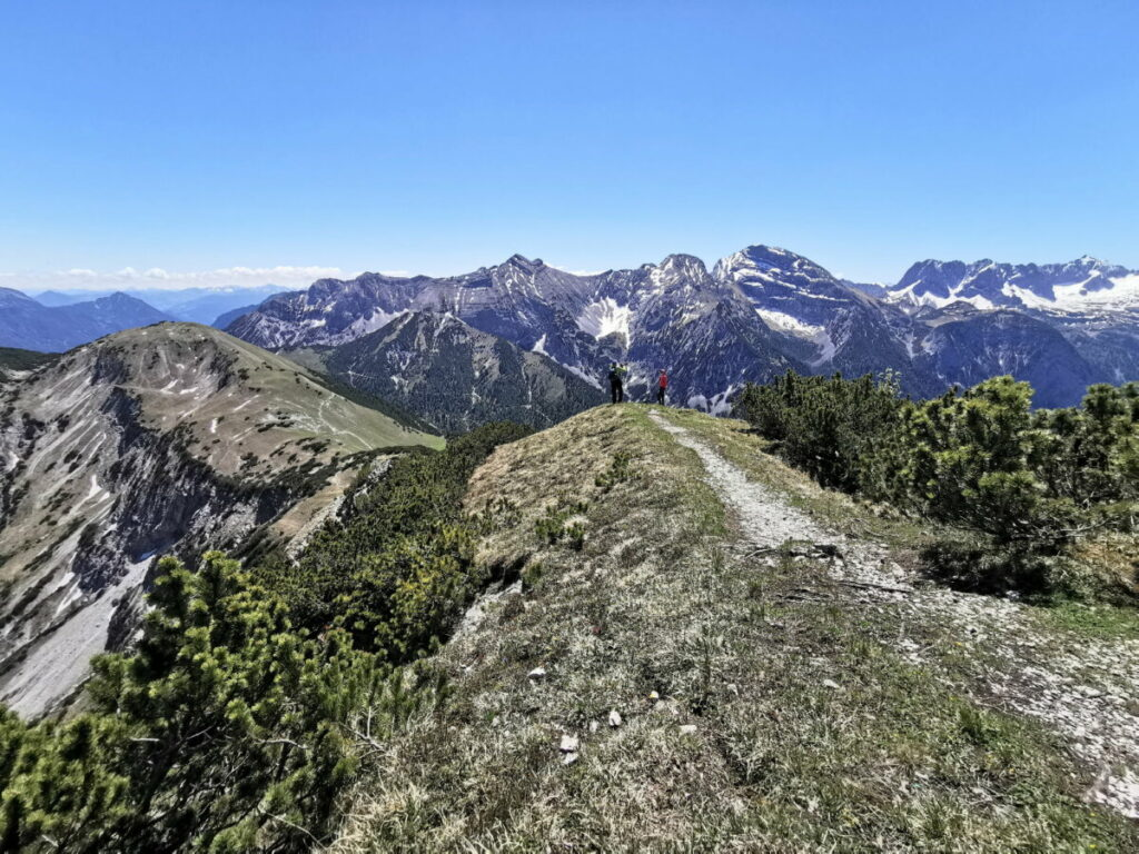 Schöne Wanderung ab der Plumsjochhüte auf den Kompar - miten im Karwendel