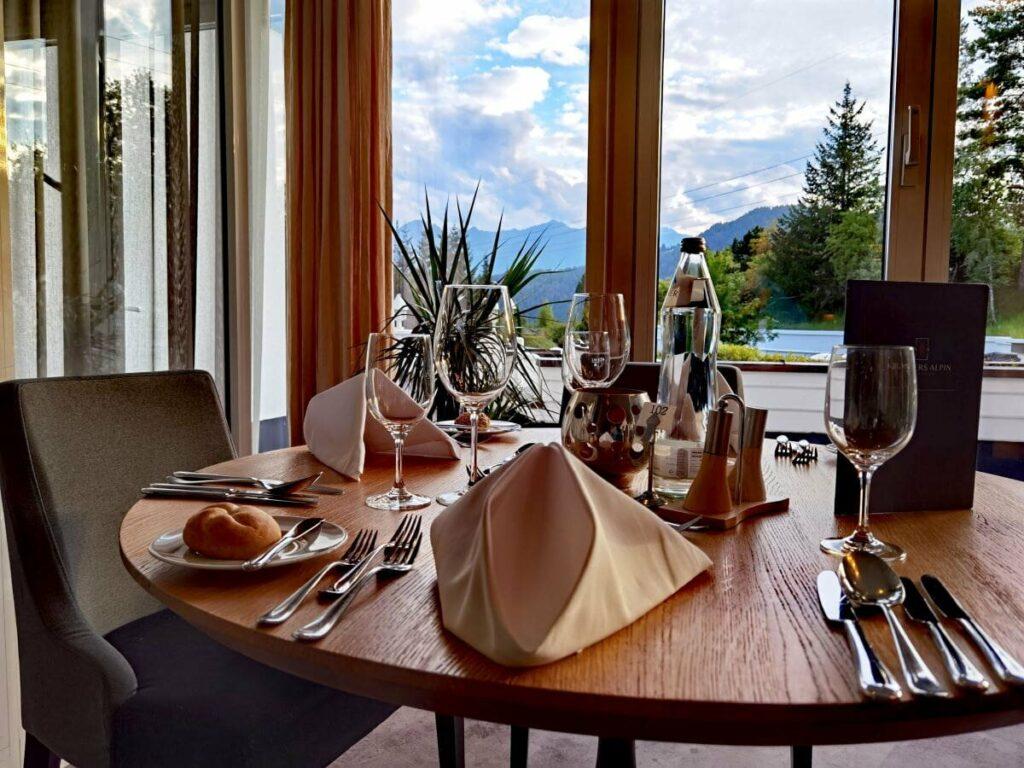 Stilvoll genießen mit Bergblick im Krumers Alpin Resort