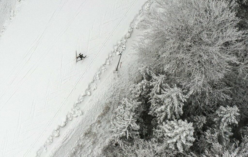 Eine der ersten Spuren auf der Snowfarming Loipe Seefeld ziehen - ein Traum im verschneiten Winterwonderland