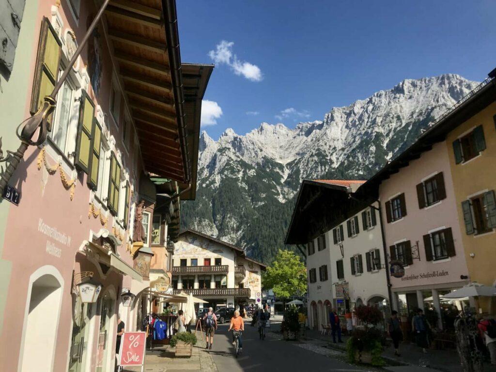Ferienwohnung Mittenwald - mit dem Blick auf das Karwendel