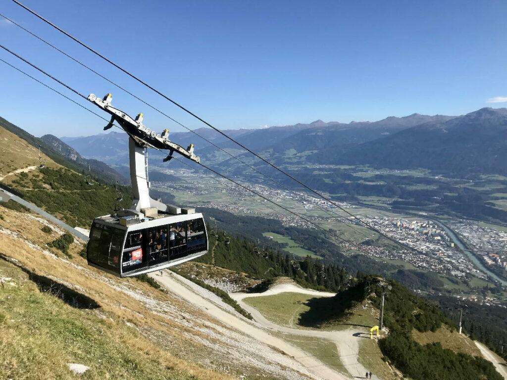 Nordkettenbahn Innsbruck: Die Seegrubenbahn unterhalb der Seegrube auf der Nordkette im Karwendel