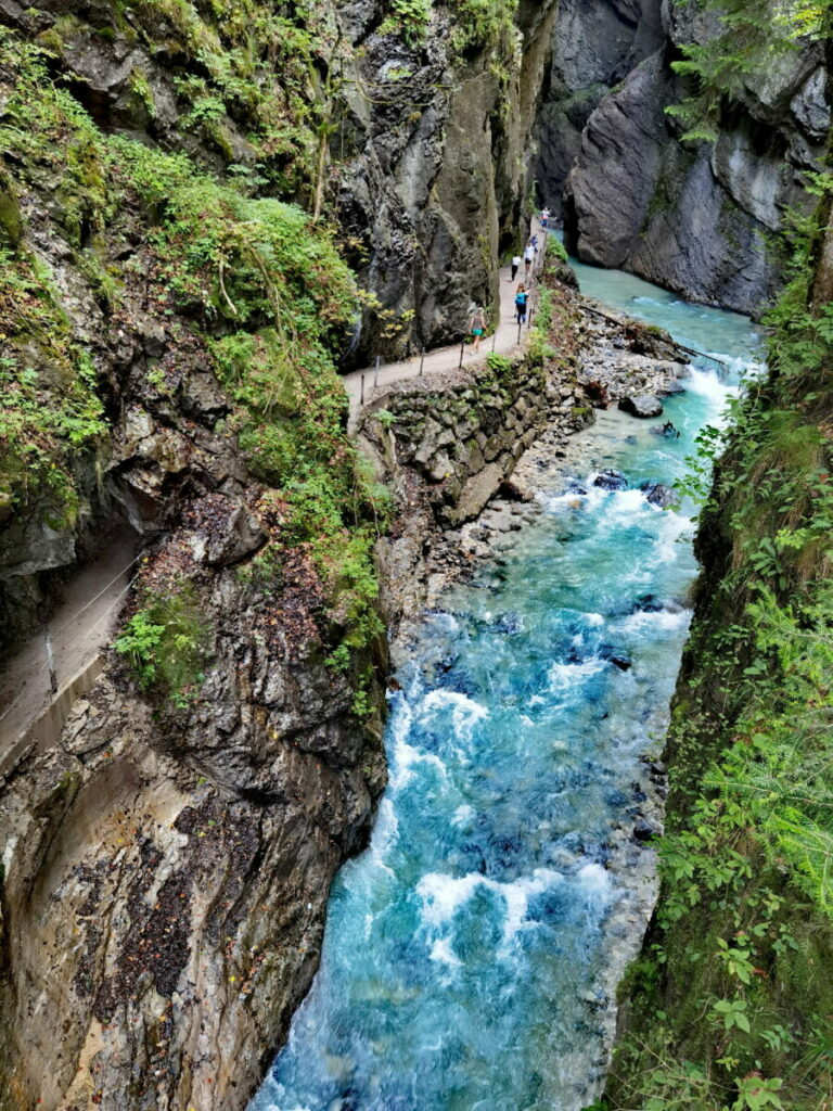 Blick vom Wandersteig in die Partnachklamm - hier kommst du kostenlos hin!