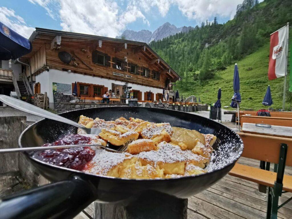 Traumhaft schön im Karwendel: Die Binsalm Hütte zum Feiern und übernachten