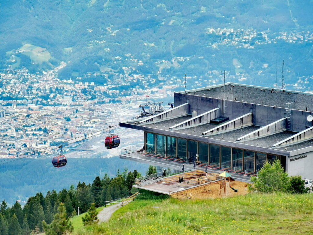 Von Innsbruck mit der Patscherkofelbahn in die Tuxer Alpen