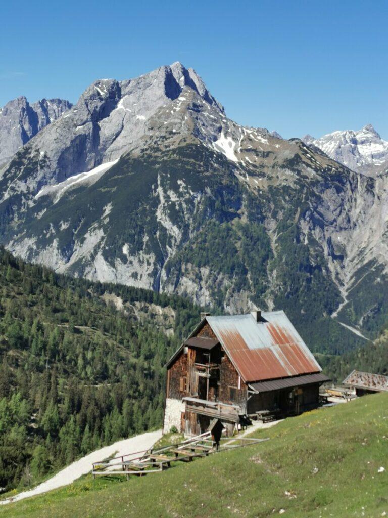 Ab Hagelhütten auf die Plumsjochhütte wandern - sehr zu empfehlen und nicht so schwer