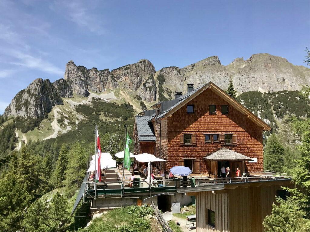 Die Erfurter Hütte im Rofan, Wanderung im Rofangebirge und Hüttenstützpunkt zum Übernachten am Berg