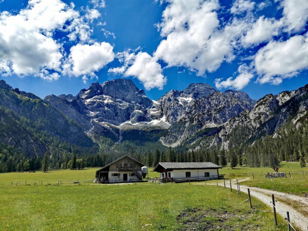 Gigantisch ist das Panorama von der Rontalalm auf´s Karwendel