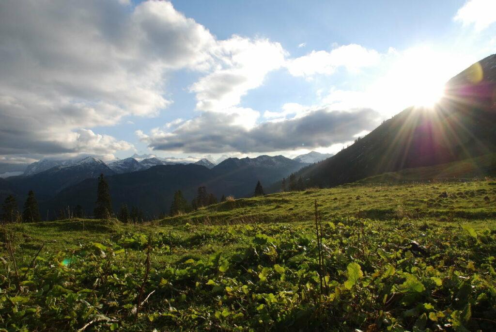 Die Rotwandalm mit dem Sonnenuntergang im Karwendel