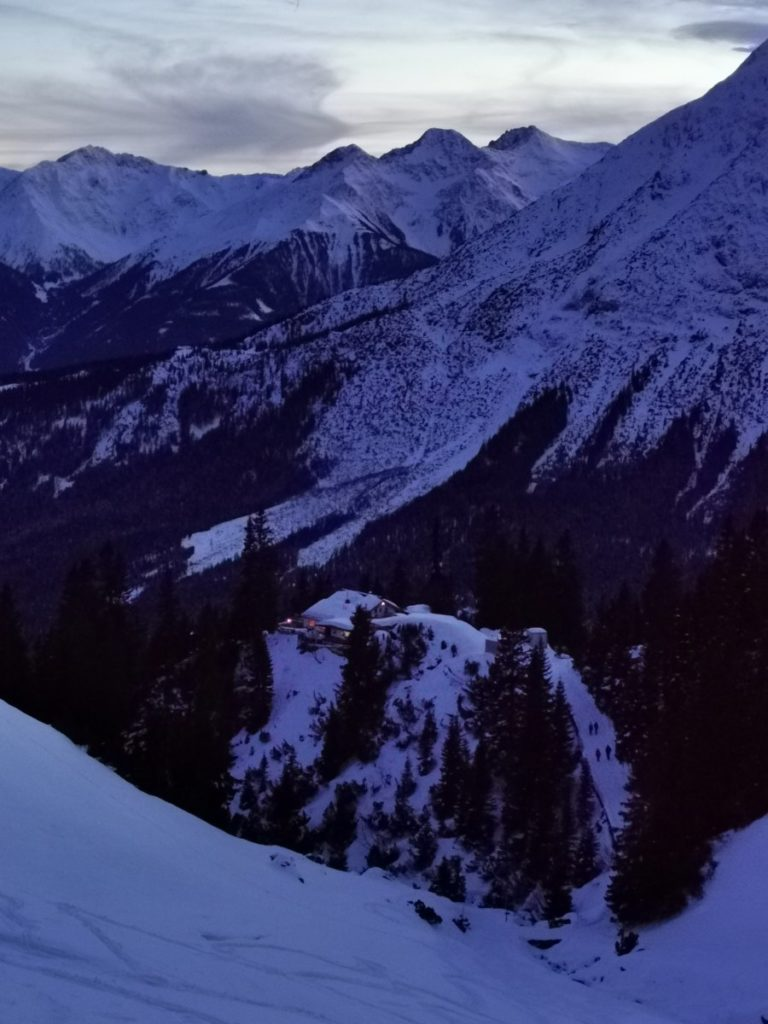 Eine echte mehrtägige Schneewanderung in Tirol