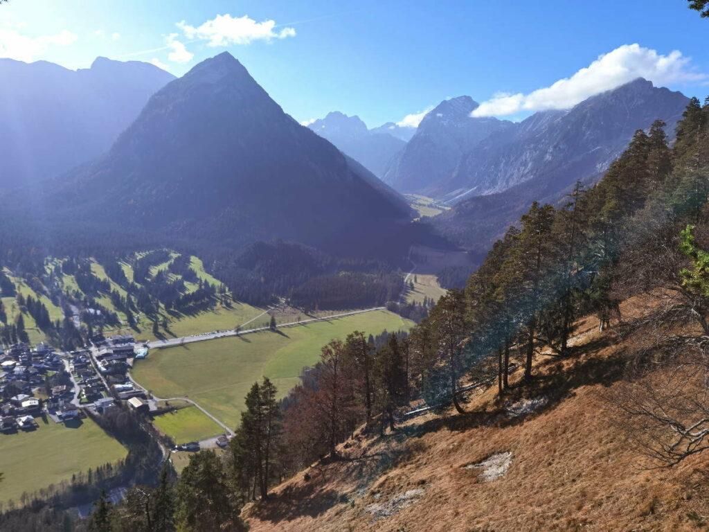 Der Blick ins Falzthurntal, auf dem Weg zur Seebergspitze