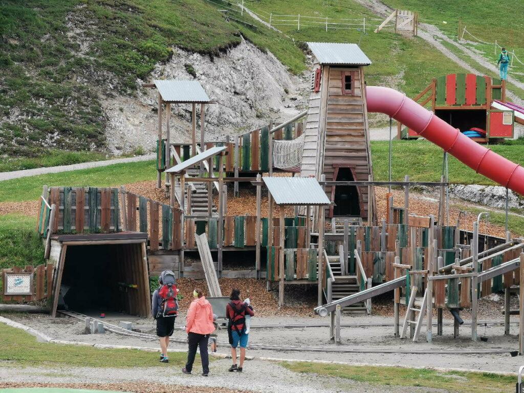 Den Familienurlaub Seefeld mit Kindern genießen - auf der Spielburg