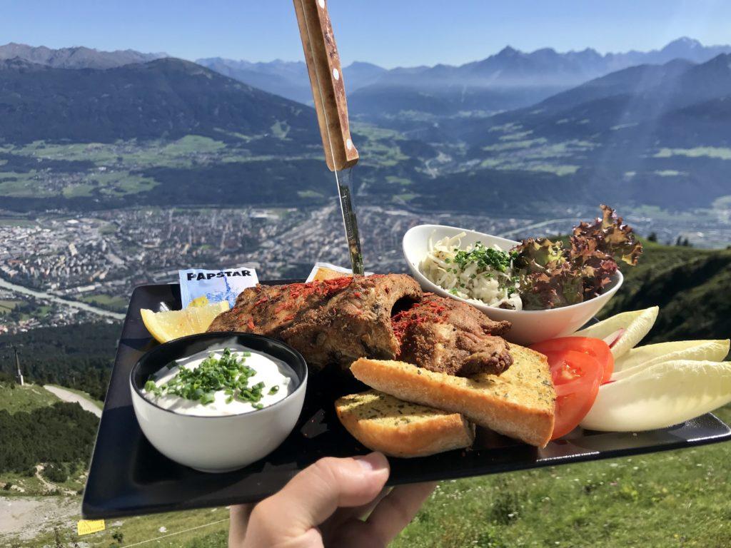 Diesen Ausblick hast du Seegrube Innsbruck Restaurant