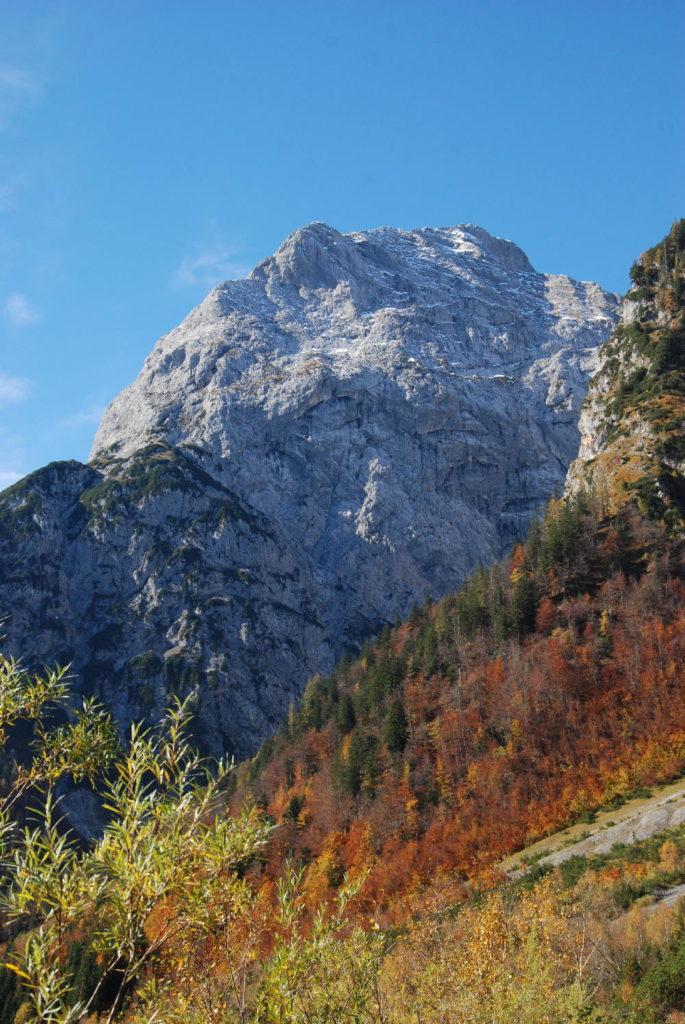 Der Gipfel des Sonnjoch vom Falzthurntal gesehen