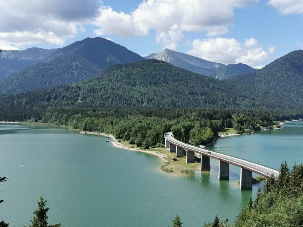 Der Sylvensteinsee - magischer Fjord in Bayern. Willst du auch mal hier her?